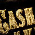 "Blattgold GlueChipped Schild ""Cash is King"""