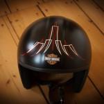 Pinstripe auf Motorrad Helm